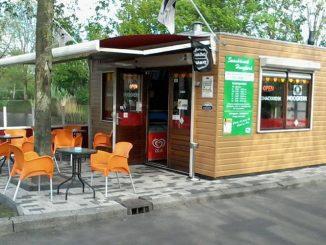 foto snackkiosk Hoogkerk